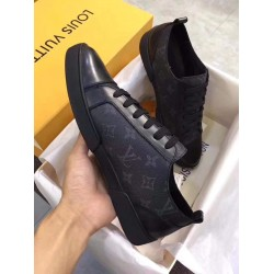 MAIN BLACK LOUIS VUITTON SNEAKERS